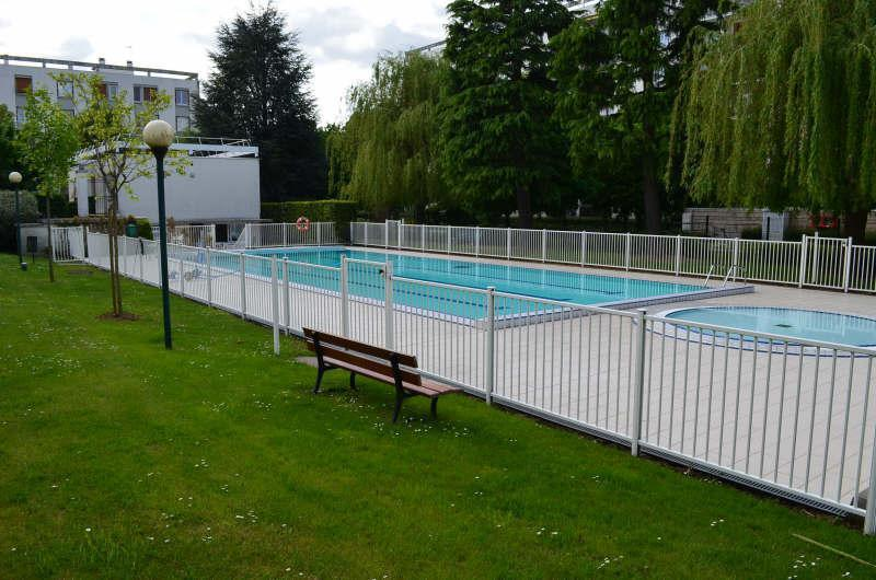Piscine residence foret montmorency immoselection for Piscine intercommunale montmorency