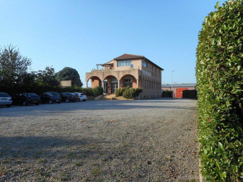 Maison, 660 m²