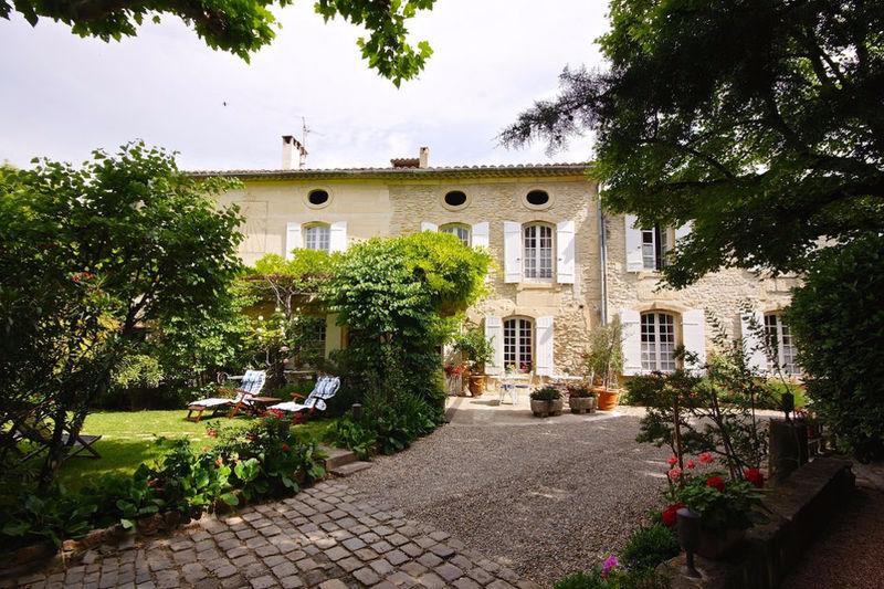 Maison, 676 m²
