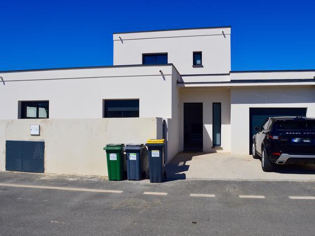 Villa paris travaux garage piscine immoselection for Piscine 75014