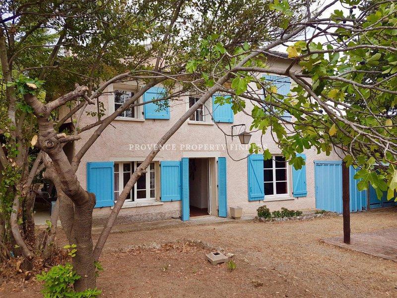 Maison renover var draguignan immoselection for Appartement atypique draguignan
