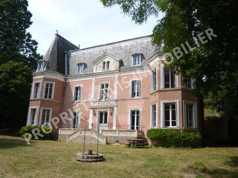 Maison, 591 m²